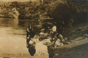 mujeres-lavando-en-el-nalon